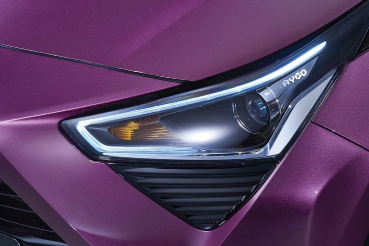 Toyota Aygo Hatch 5Dr 1.0 VVTi 71PS x-trend 5Dr x-shift detail view